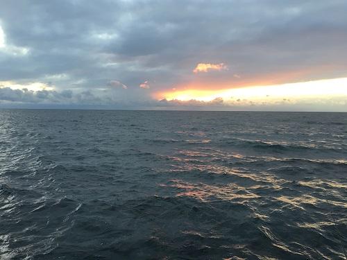 函館の冬の海