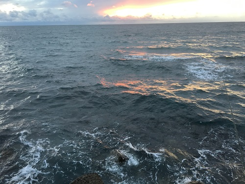 志海苔漁港の外海