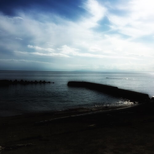 下海岸の海