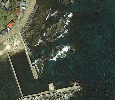 女那川漁港のロックマンポイント